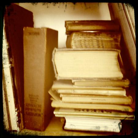Mo_oldbooks_web