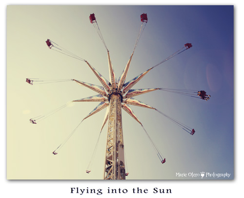 Mo_flyingintothesun_sm